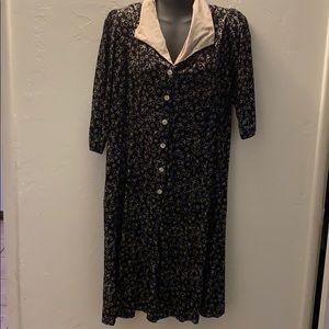 Dresses & Skirts - Vintage Button Up Black Dress